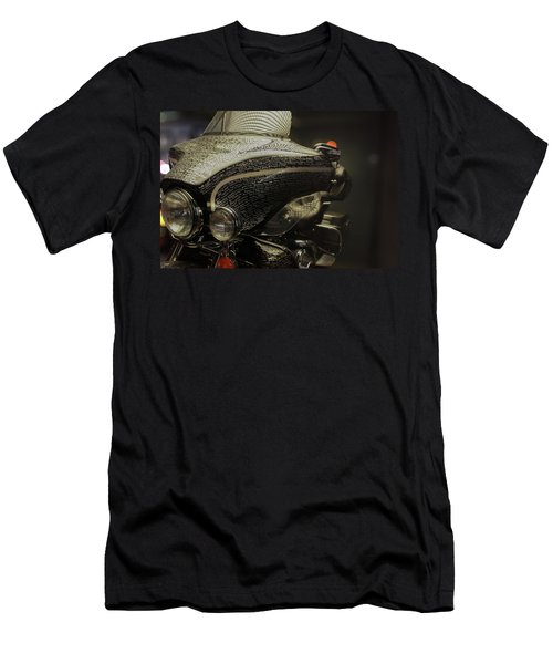 Flhtcui Ultra Classic Electra Glide With Sidecar Ohv V-twin Men's T-Shirt (Athletic Fit)