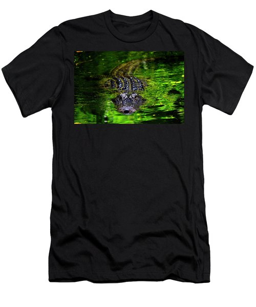 Florida Alligator Encounter Men's T-Shirt (Athletic Fit)