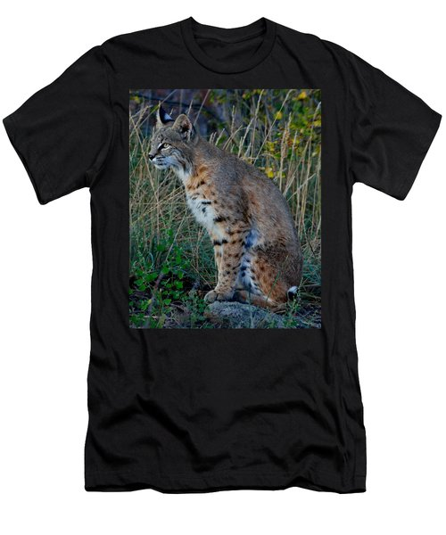 Focused On The Hunt 2 Men's T-Shirt (Athletic Fit)