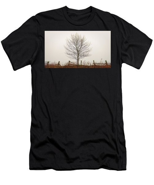 Foggy Lone Tree Hill Men's T-Shirt (Athletic Fit)