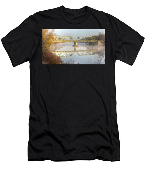 Foggy Mornin' Bridge Men's T-Shirt (Athletic Fit)