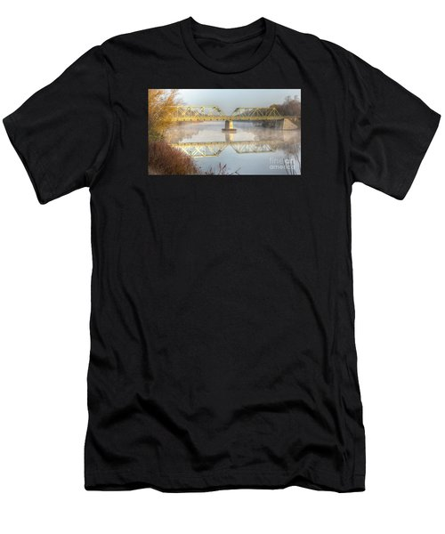 Foggy Mornin' Bridge Men's T-Shirt (Athletic Fit)