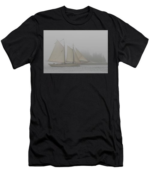 Foggy Windjammer Men's T-Shirt (Athletic Fit)