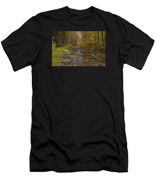 Fok River Men's T-Shirt (Athletic Fit)