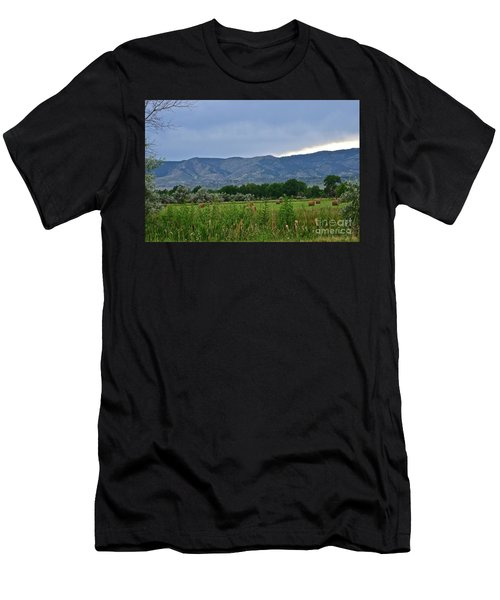 Foothills Of Fort Collins Men's T-Shirt (Athletic Fit)