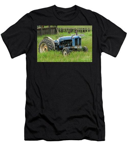 Fordson Major Men's T-Shirt (Athletic Fit)