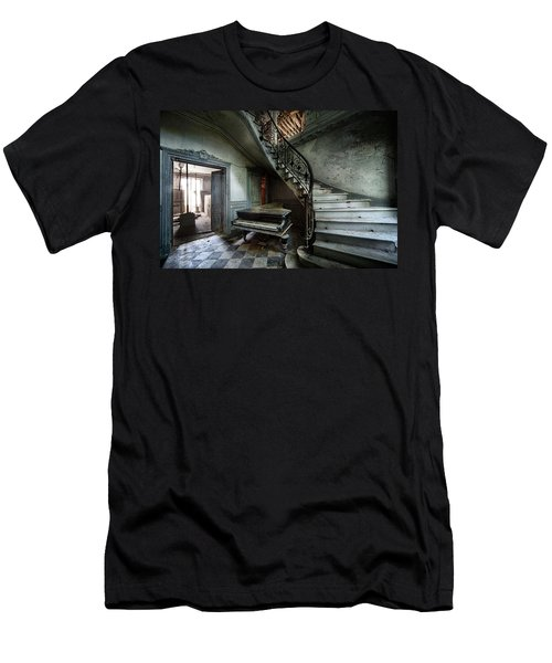The Sound Of Decay - Abandoned Piano Men's T-Shirt (Athletic Fit)
