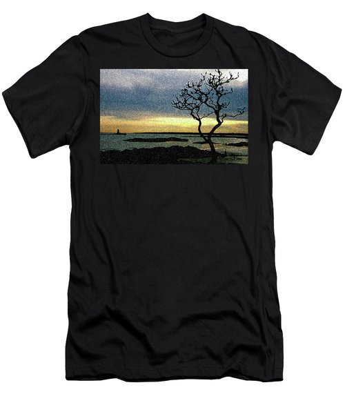 Fort Foster Tree Men's T-Shirt (Athletic Fit)