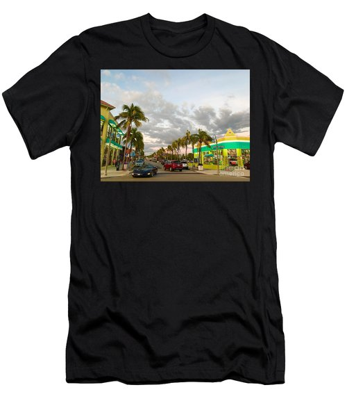 Fort Meyers, Florida Men's T-Shirt (Athletic Fit)