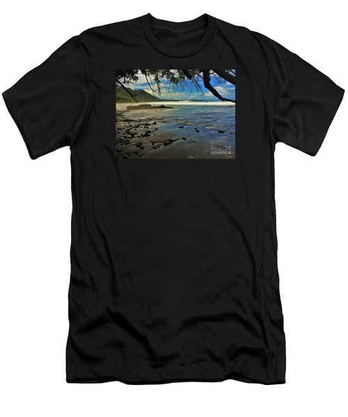 Framing The Tide Men's T-Shirt (Athletic Fit)