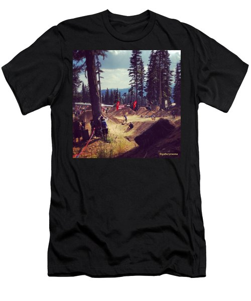 Freestyling Mtb Men's T-Shirt (Athletic Fit)