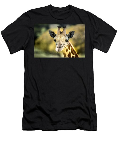 Friendly Giraffe Portrait Men's T-Shirt (Athletic Fit)