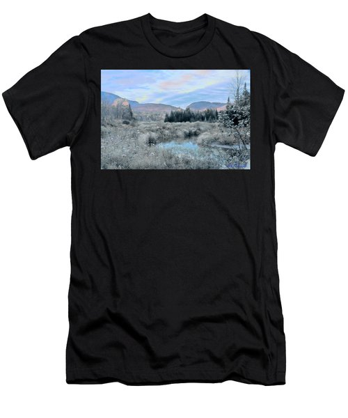 Frost On The Bogs Men's T-Shirt (Athletic Fit)