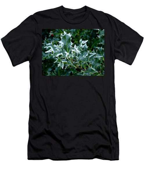 Frosted Holly Men's T-Shirt (Athletic Fit)
