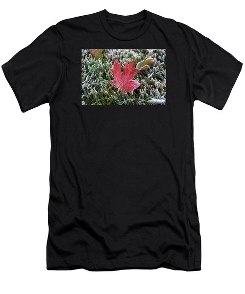 Frosted Maple Leaf  Men's T-Shirt (Athletic Fit)
