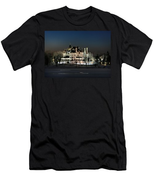 Frozen Boldt Castle Men's T-Shirt (Athletic Fit)