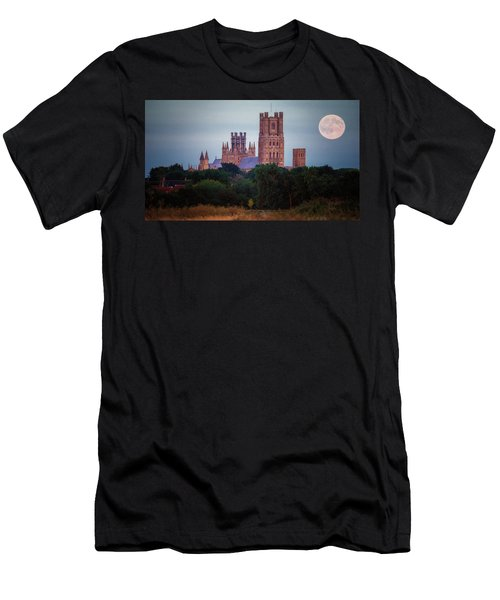 Full Moon Over Ely Cathedral Men's T-Shirt (Athletic Fit)