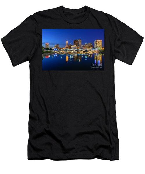 Fx2l531 Columbus Ohio Skyline Photo Men's T-Shirt (Athletic Fit)