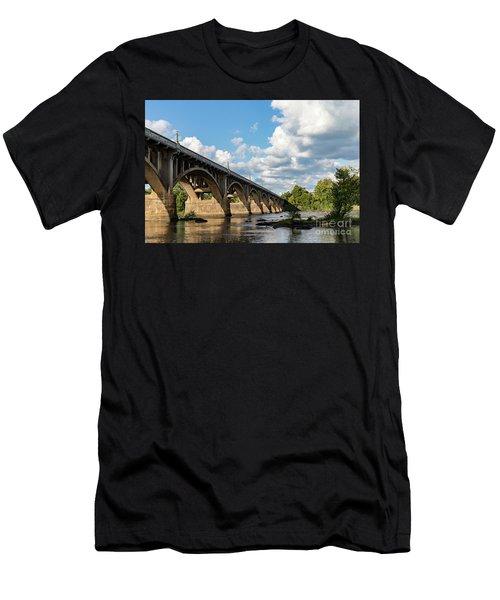 G S B-5 Men's T-Shirt (Athletic Fit)