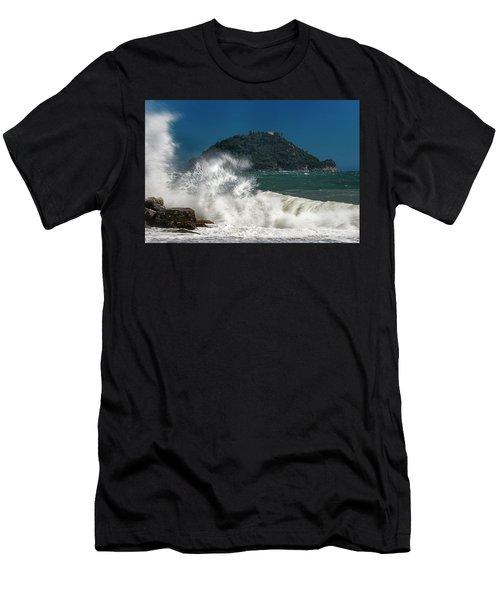 Gallinara Island Seastorm - Mareggiata All'isola Gallinara Men's T-Shirt (Athletic Fit)