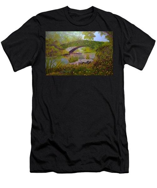 Gapstow Bridge Central Park Men's T-Shirt (Athletic Fit)
