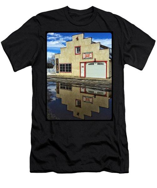 Garage Reflection Men's T-Shirt (Athletic Fit)
