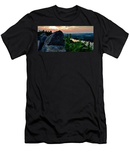 Garvin Heights Sunset Men's T-Shirt (Athletic Fit)