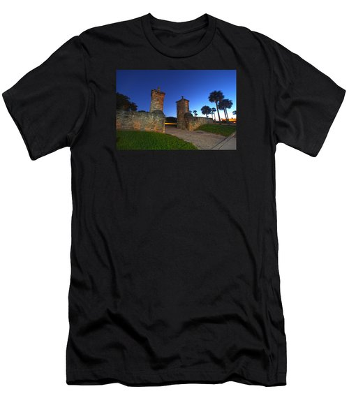 Gates Of The City Men's T-Shirt (Athletic Fit)