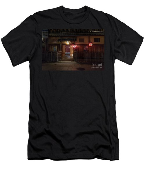 Geisha Tea House, Gion, Kyoto, Japan Men's T-Shirt (Athletic Fit)