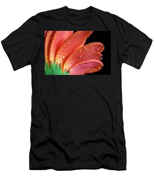 Gerbera Dew Men's T-Shirt (Athletic Fit)