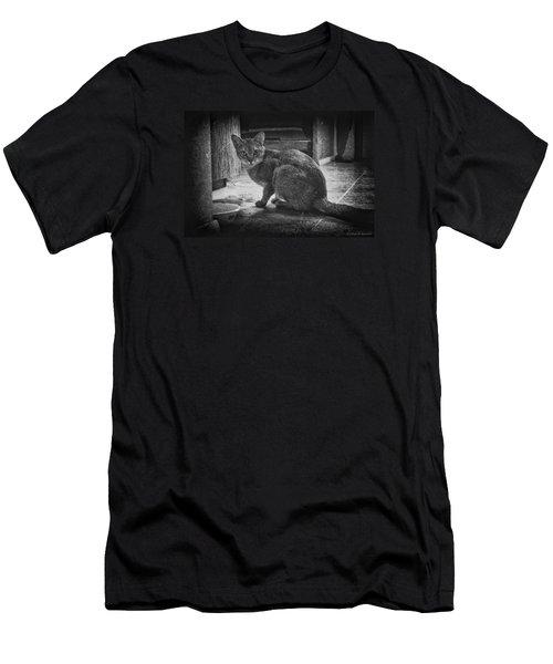 Get Lost Men's T-Shirt (Athletic Fit)
