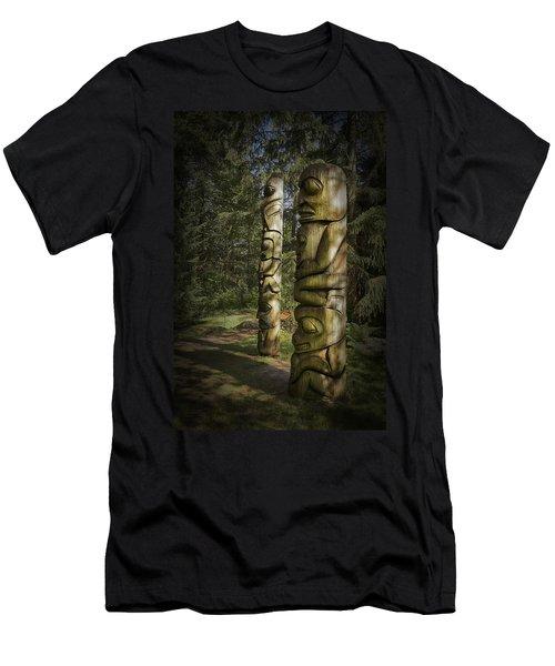 Gitksan Totem Poles Men's T-Shirt (Athletic Fit)