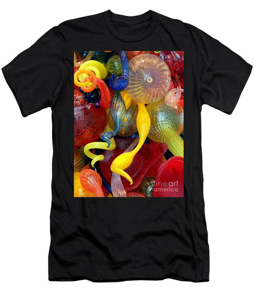 Glassworks Of The Milwaukee Art Museum Men's T-Shirt (Athletic Fit)
