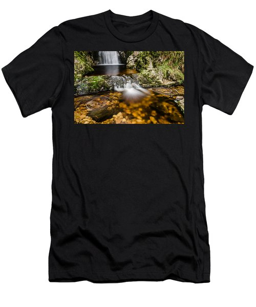 Glenevin Waterfall Clonmany Men's T-Shirt (Athletic Fit)