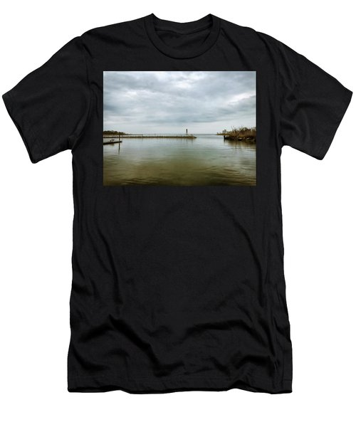 Gloom On The Bay Men's T-Shirt (Athletic Fit)