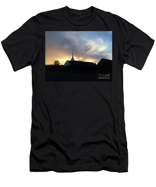 Glory To God Sunset Men's T-Shirt (Athletic Fit)