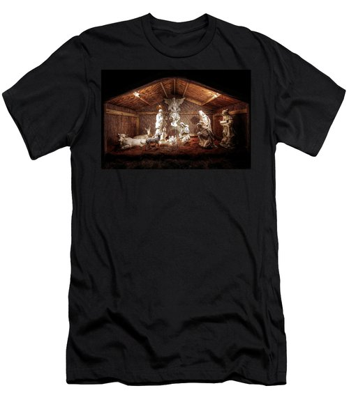 Glory To The Newborn King Men's T-Shirt (Athletic Fit)