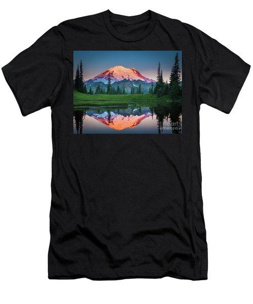 Glowing Peak - August Men's T-Shirt (Athletic Fit)