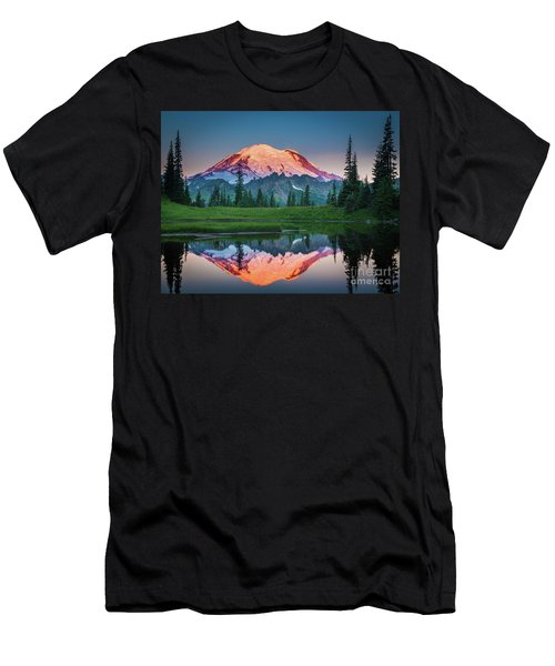 Glowing Peak - August Men's T-Shirt (Athletic Fit)
