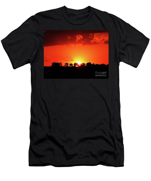 God's Gracful Sunset Men's T-Shirt (Athletic Fit)
