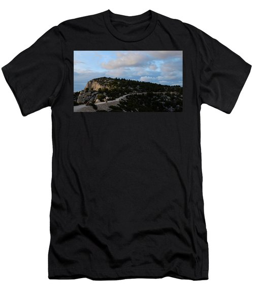 Going Back Men's T-Shirt (Athletic Fit)