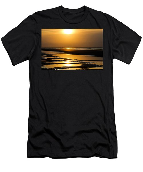 Golden Fripp Island Men's T-Shirt (Athletic Fit)