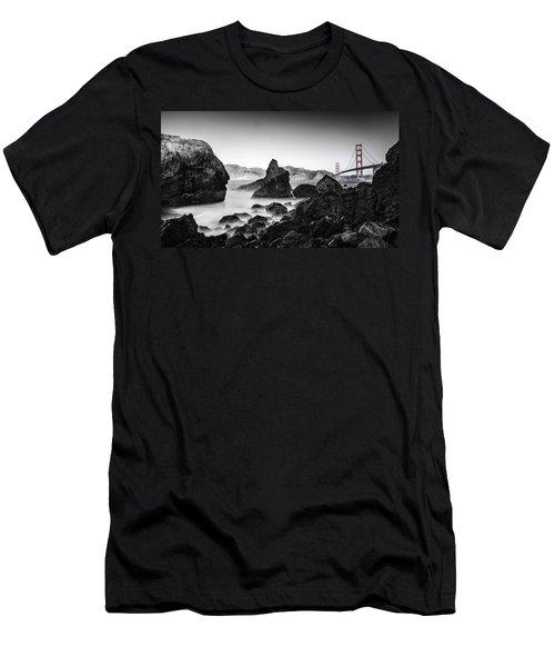 Golden Gate Colour Men's T-Shirt (Athletic Fit)