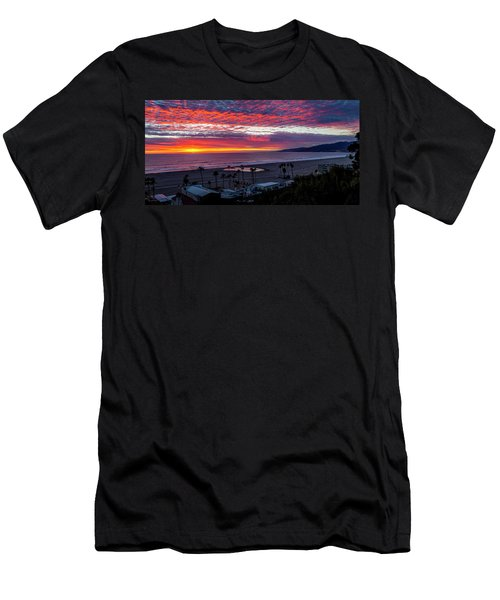 Golden Horizon At Sunset -  Panorama Men's T-Shirt (Athletic Fit)