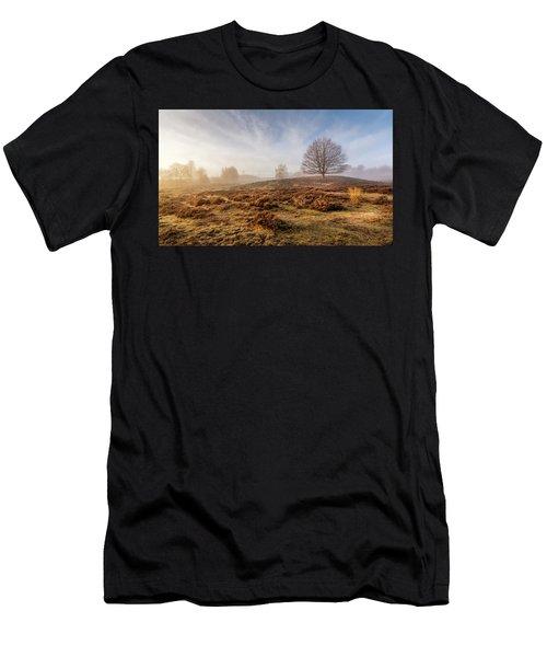 Golden Posbank Men's T-Shirt (Athletic Fit)