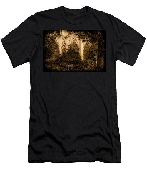 Paris, France - Goldoni In The Park Men's T-Shirt (Athletic Fit)