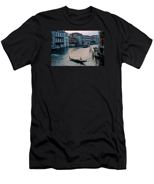 Gondolier On Grand Canal Men's T-Shirt (Slim Fit) by Robert Moss