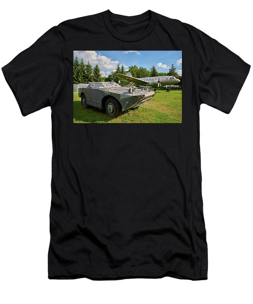 Men's T-Shirt (Athletic Fit) featuring the photograph Good Company by Tgchan
