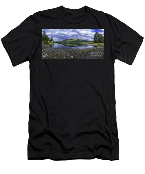 Goose Pasture Tarn Men's T-Shirt (Athletic Fit)