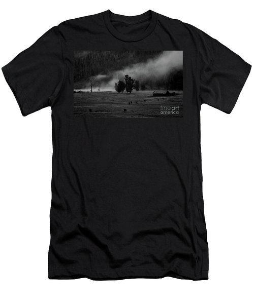 Gordon's Barn At Dawn Men's T-Shirt (Athletic Fit)